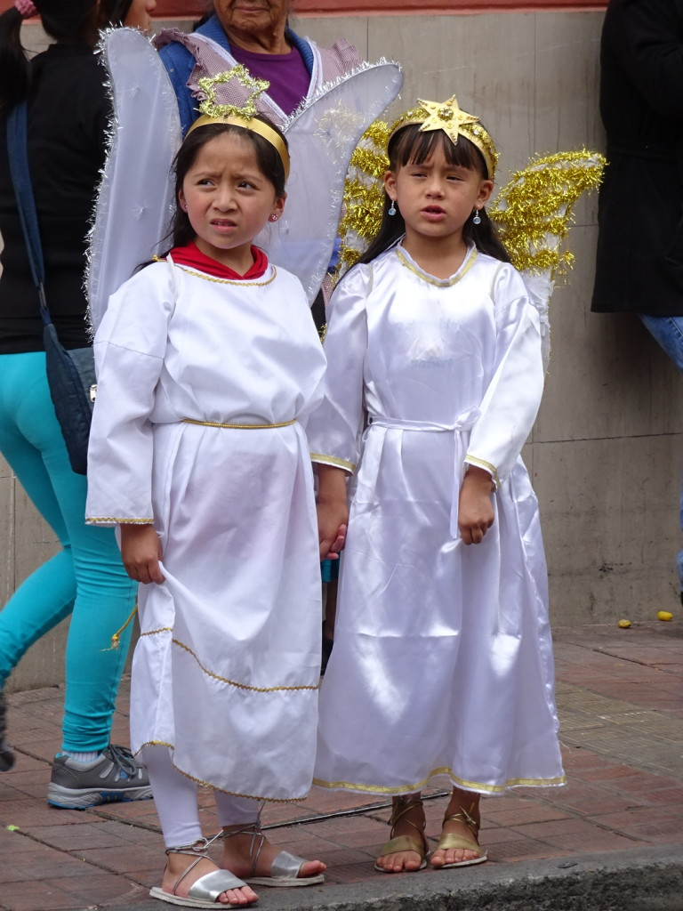 Angels from a later Pase del Nino parade.
