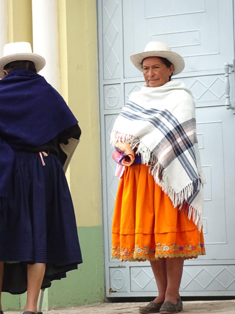 Loved her orange skirt...