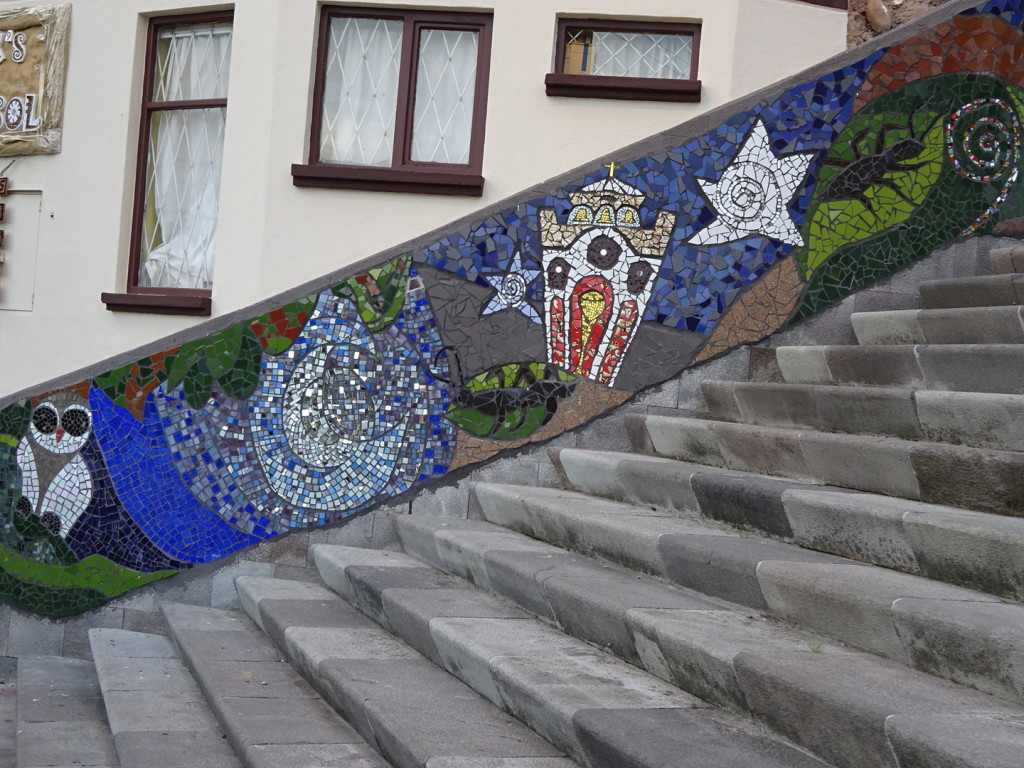 Both sides of this stair climb were fully mosaic-ed from top to bottom!