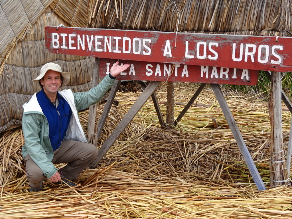 Welcomes to the Uros Islands!