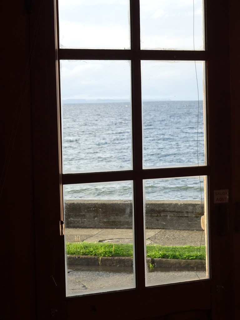 Just had to finish with a lovely shot of Lake Llanquehue out the gallery door. Not a bad view at all!
