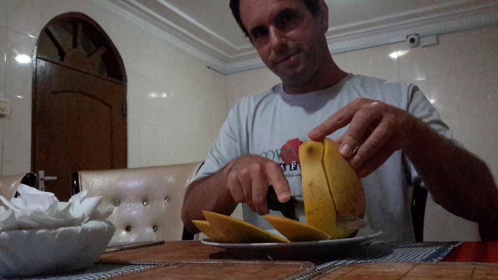 A mango a day from David's family. Nom. Nom. Nom.