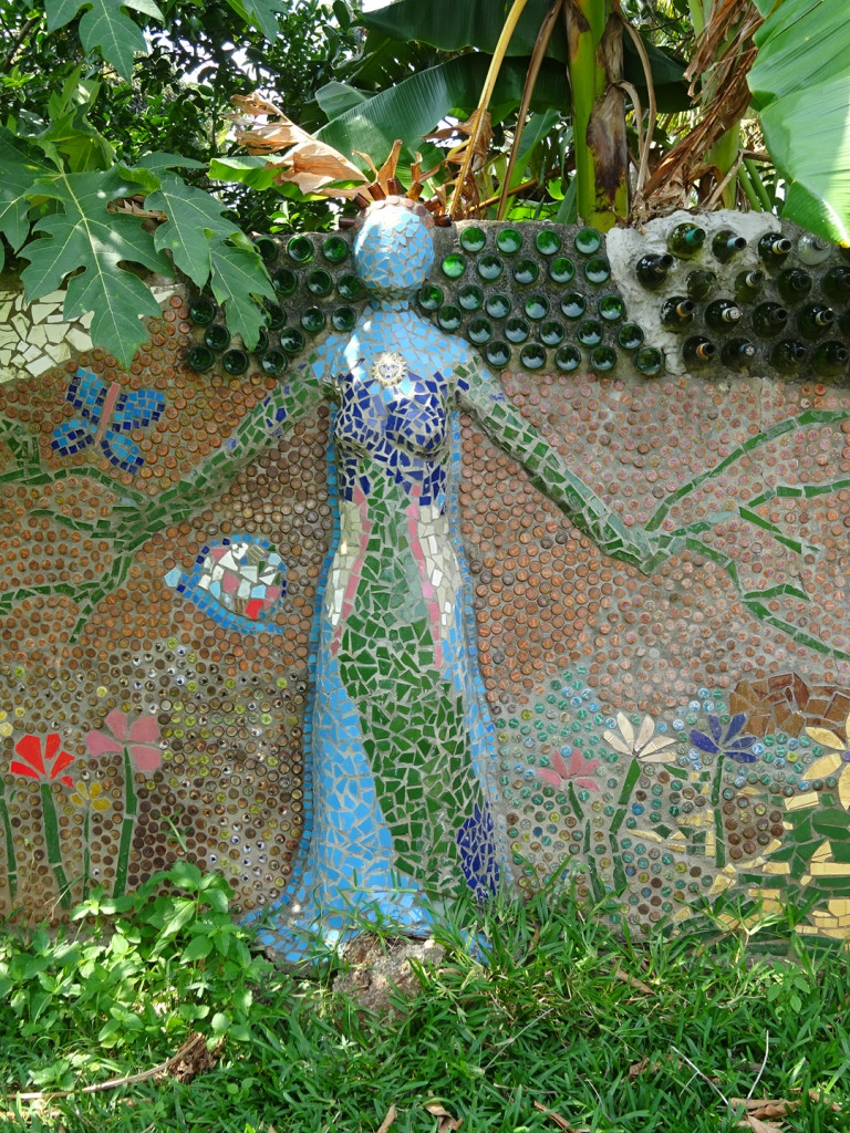 One serioulsy cool 3-D sculpture/mosaic.