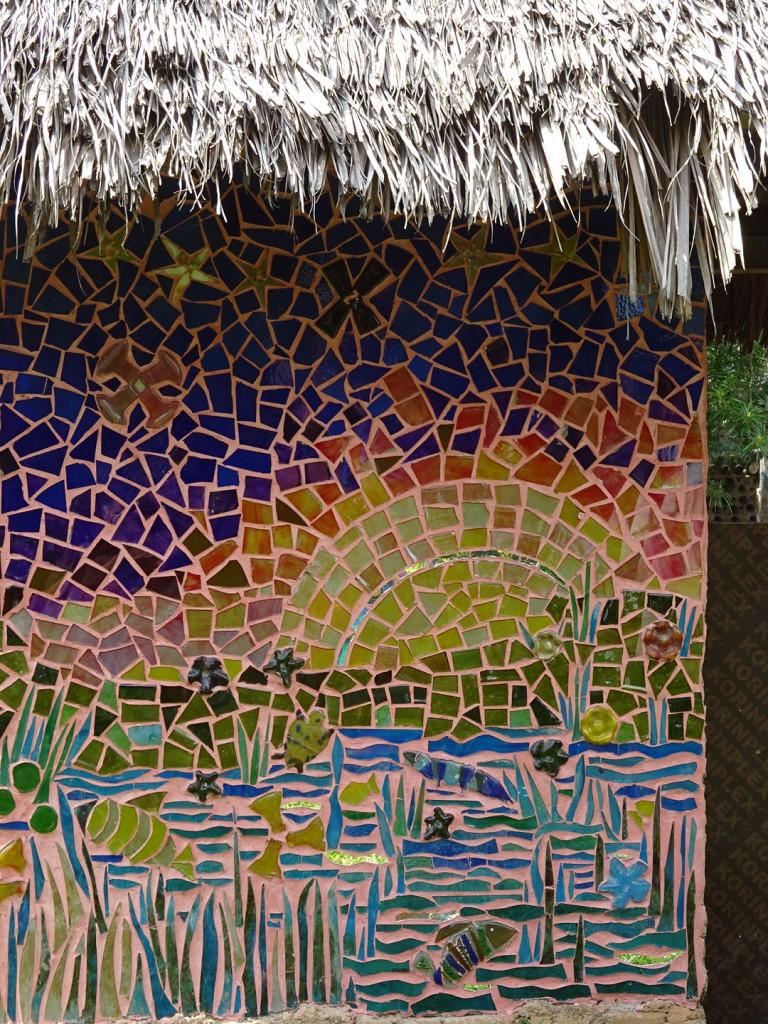 Just liked this bright and cheery mosaic wall.