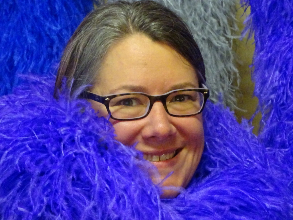 I seriously love this ostrich feather boa...may need to upgrade before next years's brain cancer walk. Worthy of Hope...whatcha say???