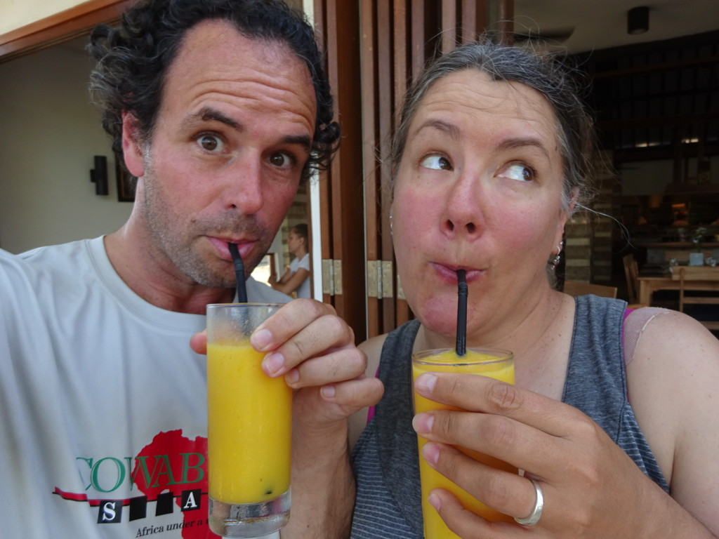 A couple o' mango junkies in the morning!