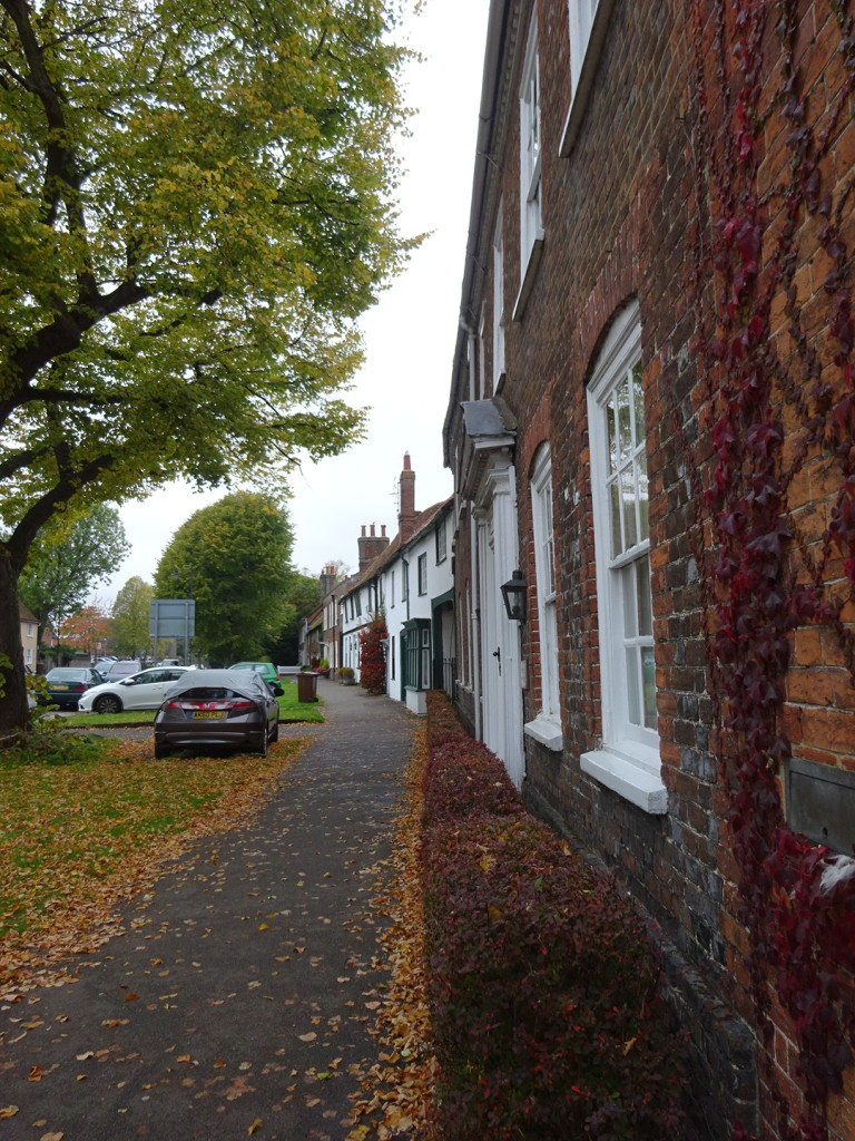 Ahhh, the gorgeous English village of Wendover in the fall.