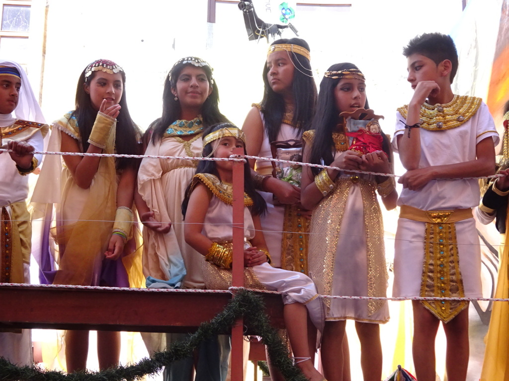 Kids on float - I guess they got the Egypt Collection.