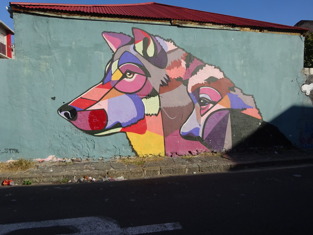 This one REALLY reminds me of the man and dog art from back in Buenos Aires!