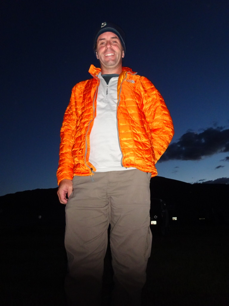 Aaron sports his nice warm puffy coat (thanks for bringing it, Lisa!) on a gorgeous, cold, Mongolian night.