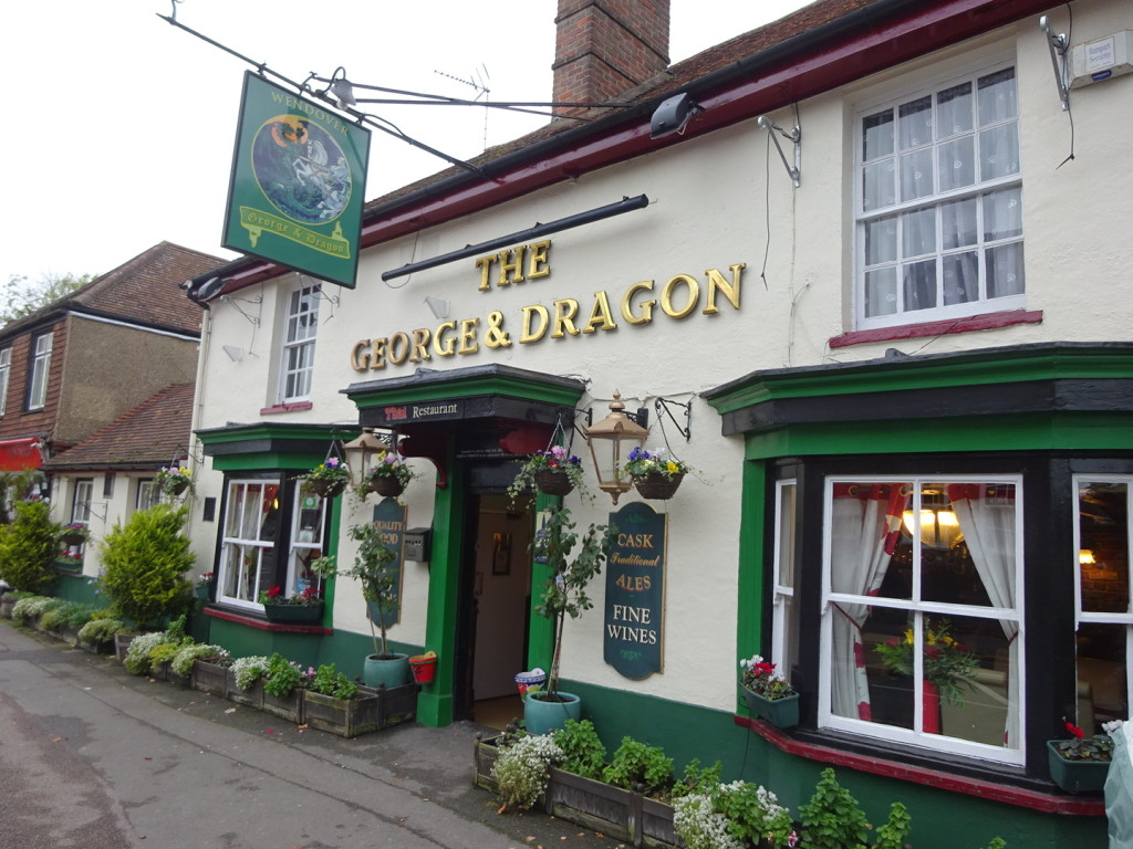 Sure, it may look like a traditional British pub, but it sure served some fine Thai food!